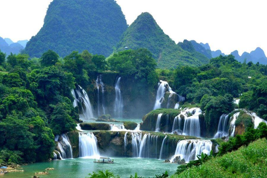 ban gioc waterfall - best places to visit Vietnam in January