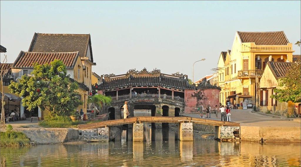 The Japanese Bridge is a symbol of Hoi An, near da nang