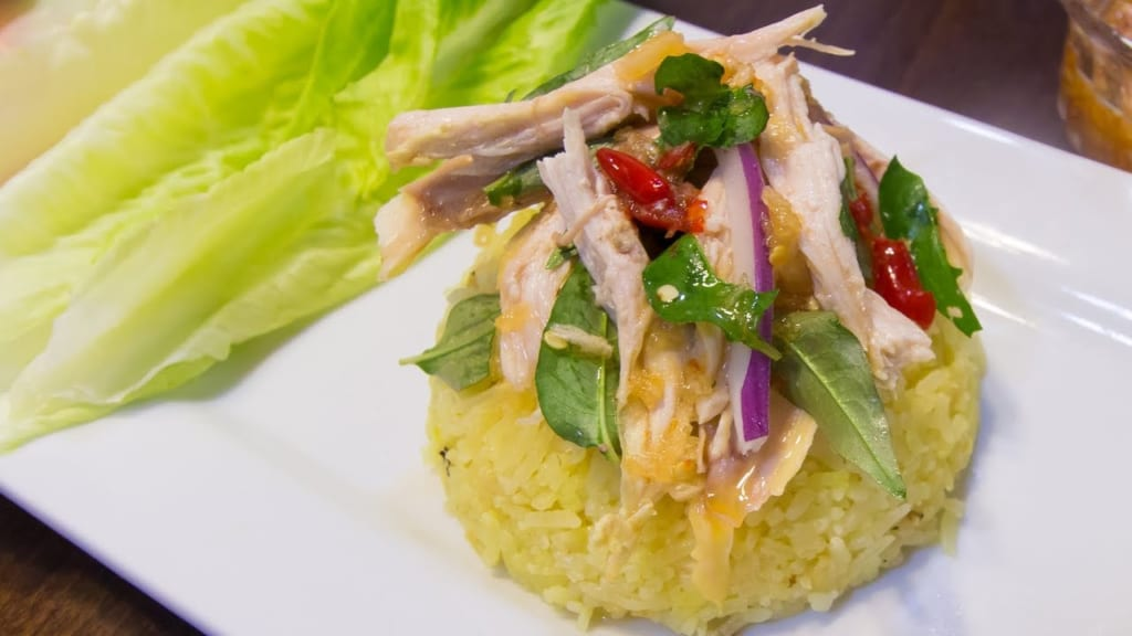 chicken rice is a dish you can eat in da nang