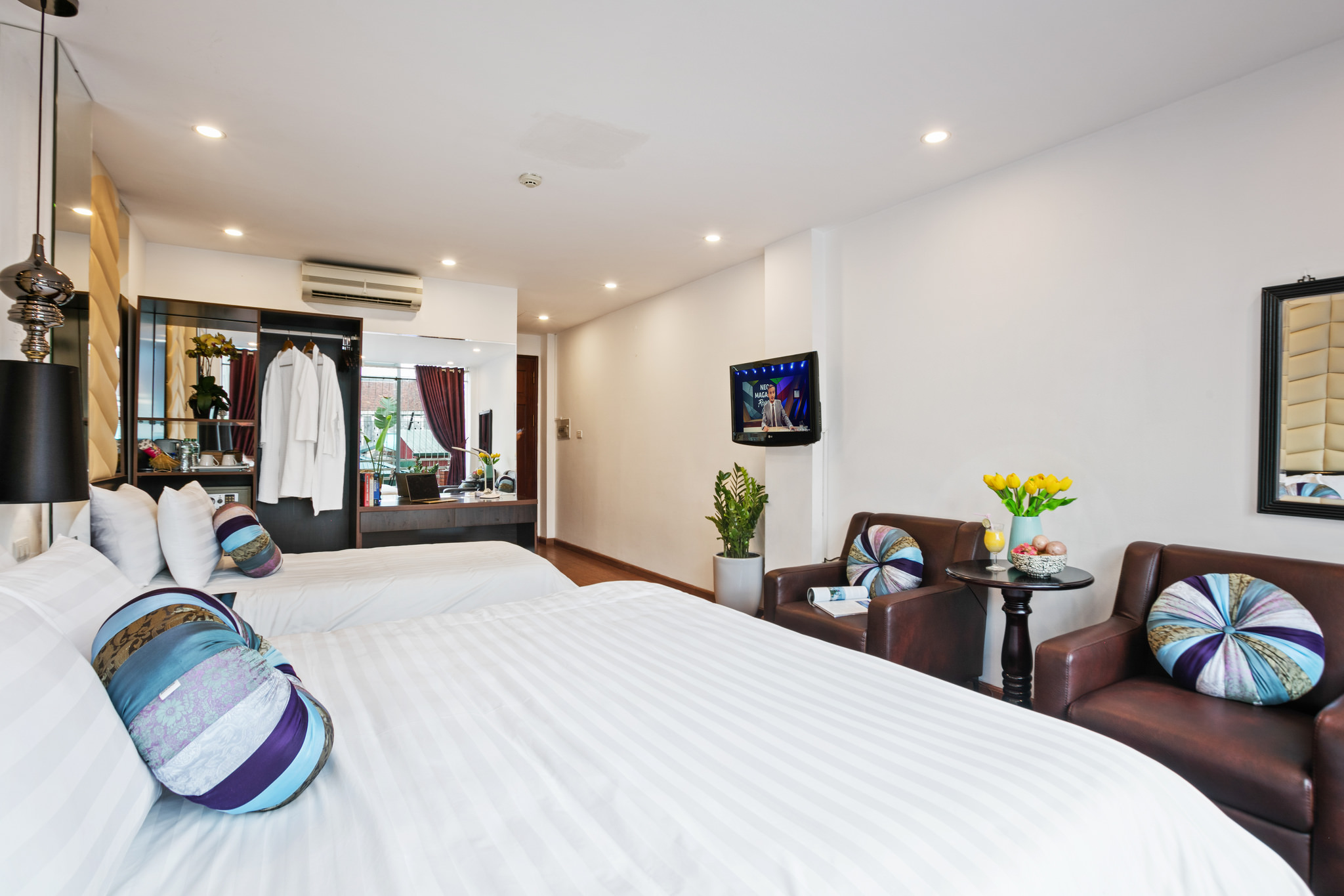 spendid holiday hotel - best hotels in hanoi old quarter