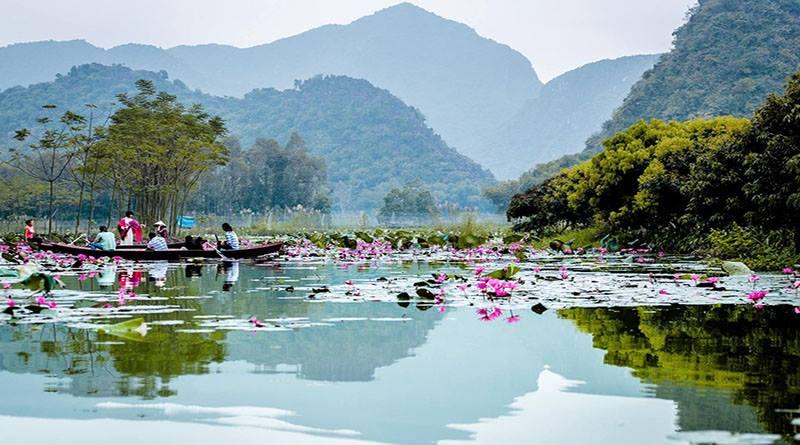 Perfume Pagoda (Chua Huong)